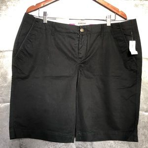 OLD NAVY THE PERFECT BERMUDAS SHORT size 16